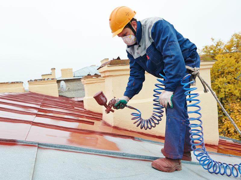 Czym pomalować dach?